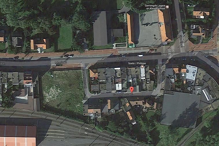 Ruime garagebox nabij het Zegemeer en het station van Knokke