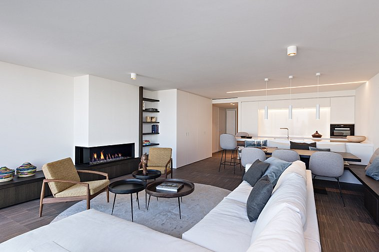 Superbe, spacieux appartement avec vue mer frontale