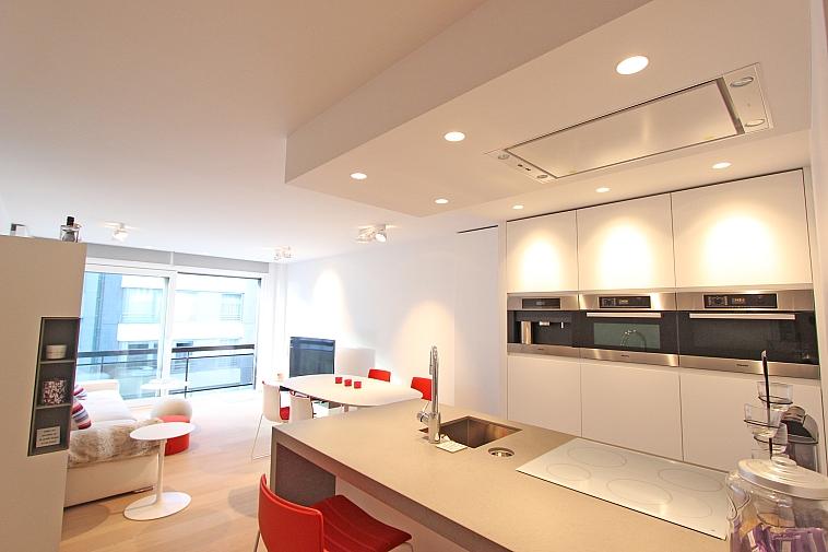 Prachtig gerenoveerd appartement met zijdelings zeezicht te Knokke