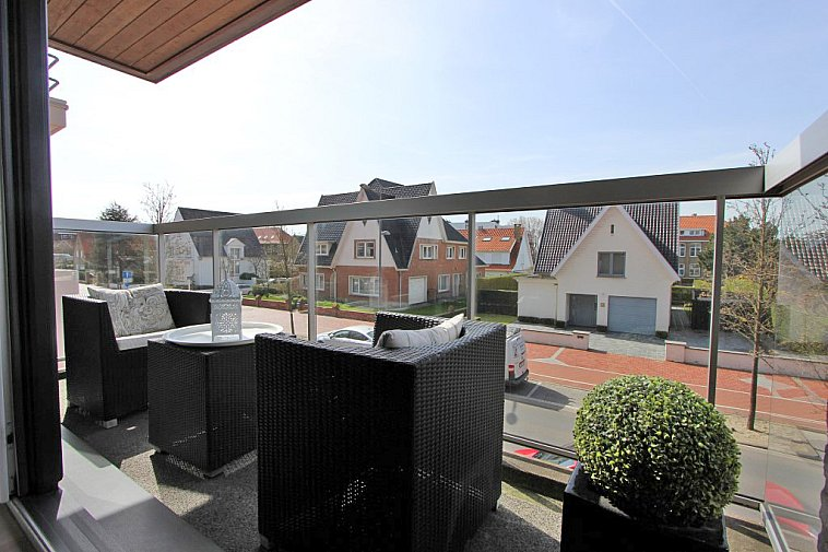 Schitterend appartement met zonnig terras.