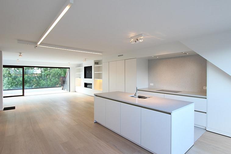 Luxueus duplex nieuwbouwappartement, gelegen in Knokke-Zoute