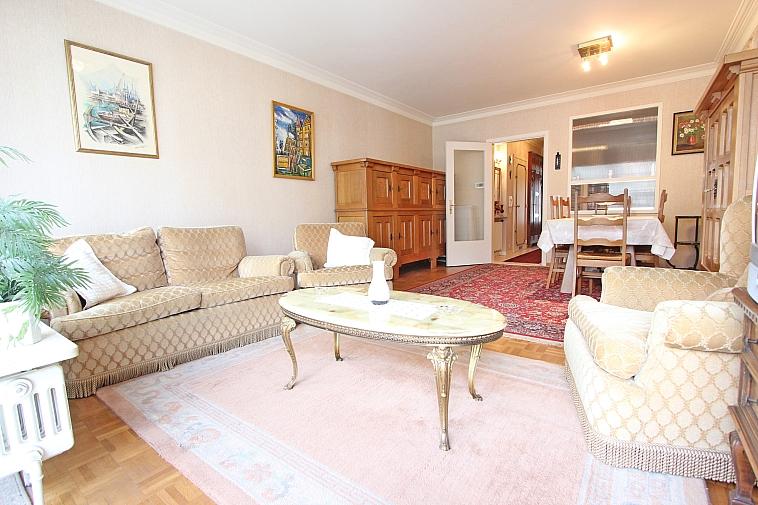 Aangenaam appartement, goed gelegen nabij het Rubensplein.