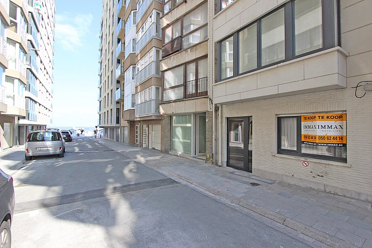 Gezellig gelijkvloers appartement op enkele passen van het strand.