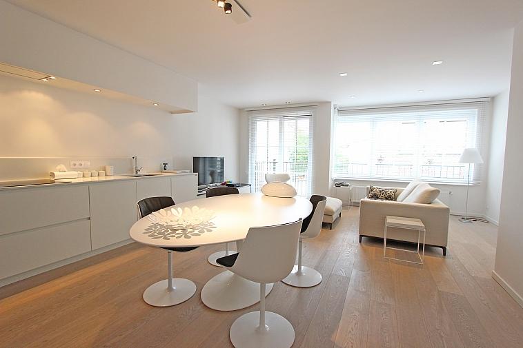 Recent appartement, centraal doch rustig gelegen te Knokke