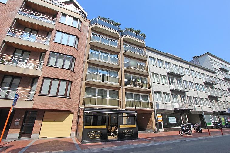 Volledig vernieuwd, zonnig appartement in centrum Knokke