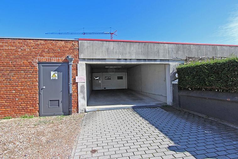 Gemakkelijk bereikbare garagebox in het centrum van Knokke
