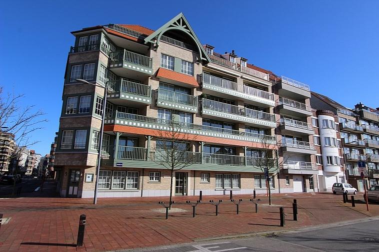 Prachtig, ruim appartement met mooi, open zicht te Knokke