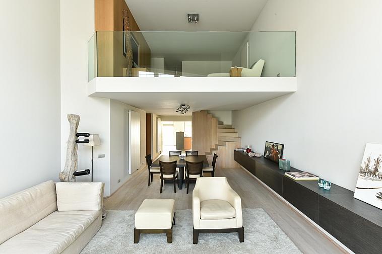 Luxueus mezzanine appartement met garages te Knokke