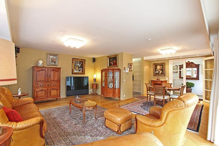 Bel et spacieux appartement avec emplacement au cœur de Knokke
