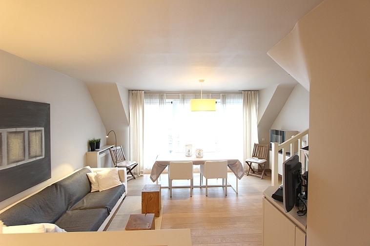 Appartement duplex ensoleillé avec grande terrasse situé centre Knokke